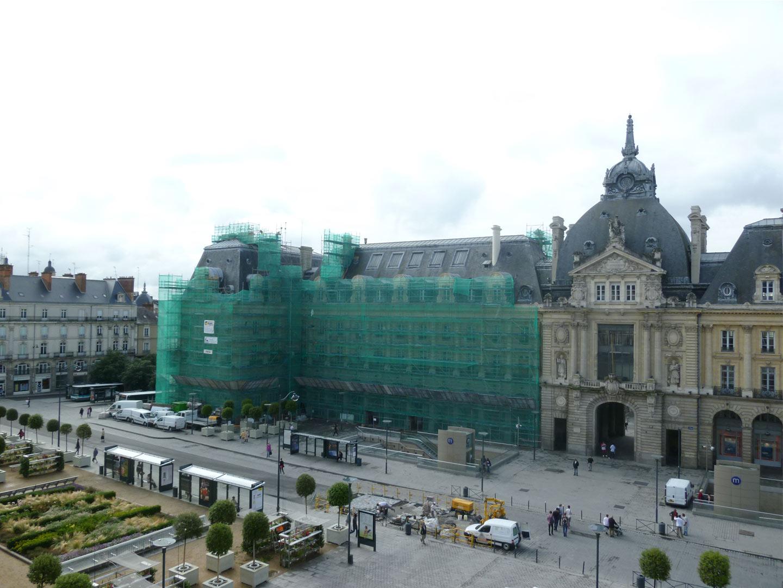 echaffaudage-2010-rennes-palais-republique.jpg
